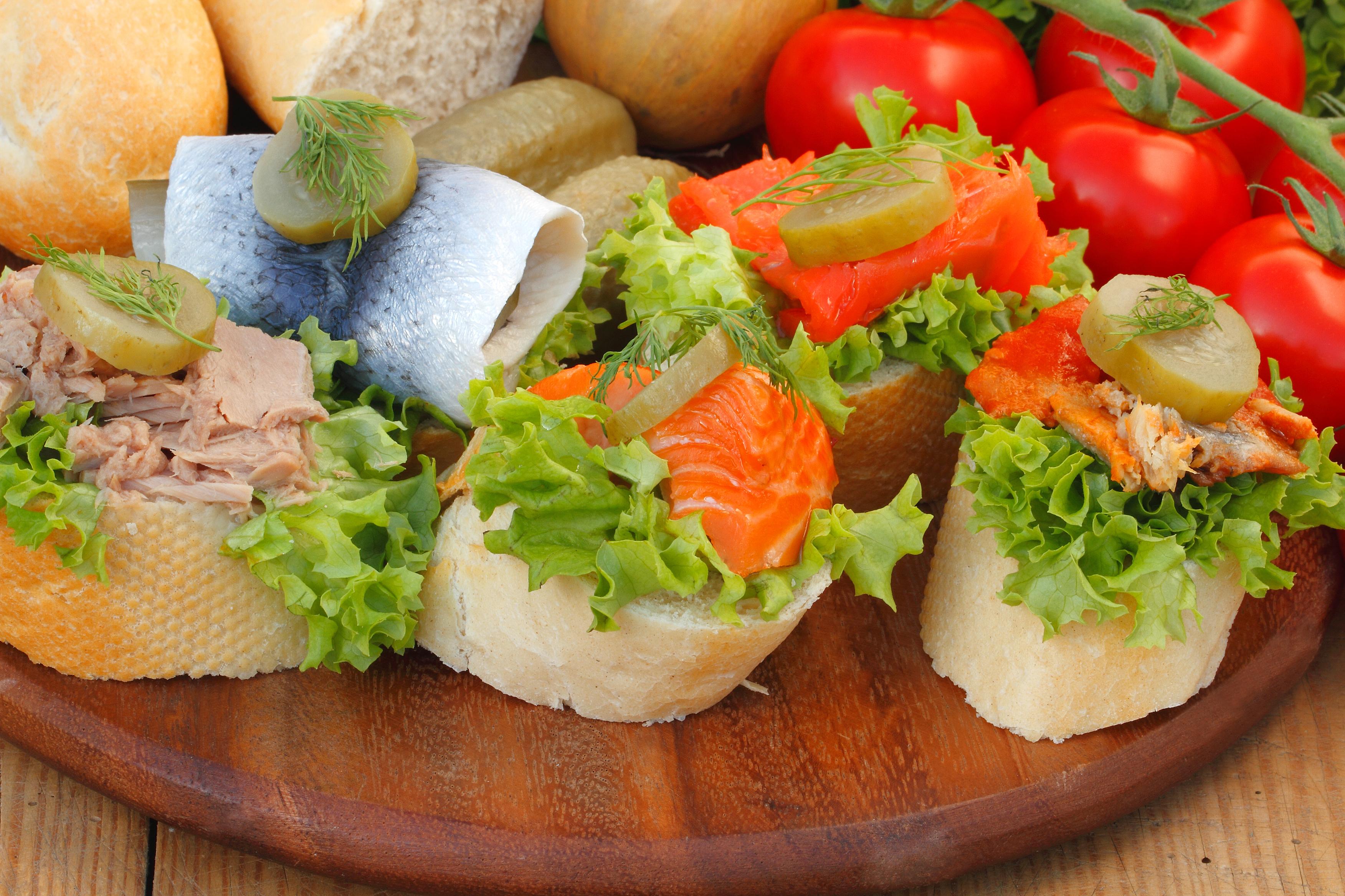 broodje tonijnsalade prijs